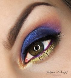 'Heavenly Bliss' look by Justyna Kolodziej using Makeup Geek's Center Stage, Jester and Magic Act Foiled Eyeshadows.