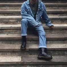 571 vind-ik-leuks, 14 reacties - Photographer. (@_the.masc) op Instagram: 'Docs & Denim makes my world go round'
