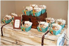 """""""Guess How Much I Love You"""" book-themed 2nd birthday party: carrot and bunny-themed favors in cardboard berry boxes.fiesta Adivina cuanto te quiero"""