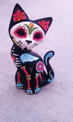 Dia de los Muertos Hand Carved wooden Cat - Painted to honor your pet.