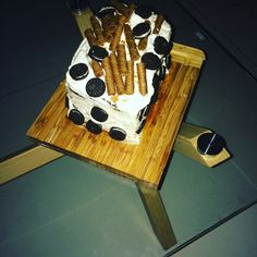 Birthday cake Oreo cookies