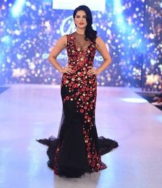 Exclusive pictures of all the Bollywood celebrities who walked as showstoppers on IBFW Day 3 - Sunny Leone, Gauhar Khan, Daisy Shah, Rhea Chakraborty! Indian Celebrities, Bollywood Celebrities, Bollywood Fashion, Lehenga Gown, Anarkali Dress, Gauhar Khan, Daisy Shah, Stylish Sarees, Beautiful Indian Actress
