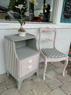 I love this combo of pale pink, gray and off white. And of course stripes and polka dots! Decopage Furniture, White Painted Furniture, Funky Furniture, Furniture Styles, Repurposed Furniture, Shabby Chic Furniture, Furniture Makeover, Vintage Furniture, Furniture Decor