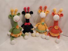 Amigurumi crochet giraffe/baby gift/handmade baby toy/amigurumi toy/knitted cotton giraffe/gift for newborn/baby shower gift/christmas gift