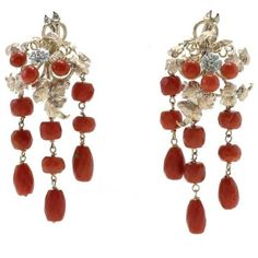 Preowned Luise Diamonds Tsavorites Coral Gold Chandelier Earrings ($1,443) ❤ liked on Polyvore featuring jewelry, earrings, chandelier earrings, red, red coral earrings, red diamond earrings, flower earrings, gold jewelry and coral gold earrings