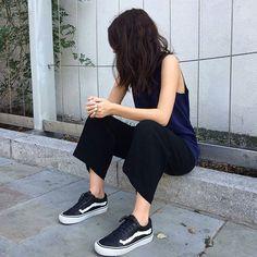 ladies in streetwear: India Rose #vansgirls #vans
