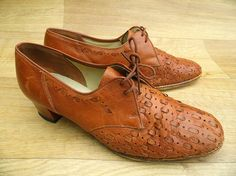 Vintage 40's Shoes 8  Brown Leather Shoes  1940's by DalixStudios, £30.00