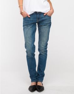 Sticking to the basics- Baldwin Denim : Andi Boyfriend jeans