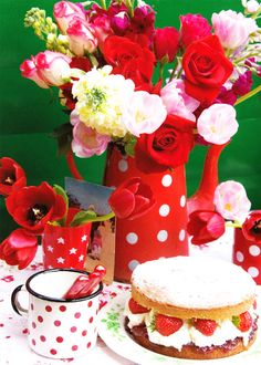Jenny Arnott Textiles: Happy birthday little blog! Red Dots, Polka Dots, Café Chocolate, Centerpieces, Table Decorations, Red Flowers, Cake Flowers, Tablescapes, Tea Party