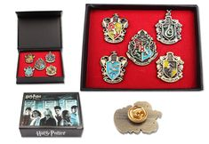 NEW Set of 5 pcs Harry Potter Hogwarts House Metal Pin Badge In Box Xmas Toys #Unbranded