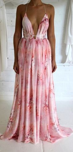 Designed, developed & made in Australia, Natalie Rolt produces quality made-to-order garments. Evening Outfits, Evening Dresses, Summer Dresses, Summer Holiday Outfits, Spring Outfits, Casual Dresses, Girls Dresses, Formal Dresses, Classy Casual