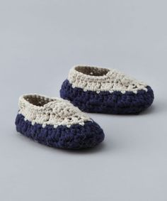 Toe the Line: navy and creme crocheted bootie