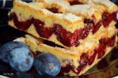 Linzer cu prune Fire Cooking, Apple Pie, Sweet Tooth, French Toast, Deserts, Yummy Food, Sweets, Breakfast, Projects