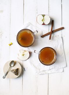 What a great cocktail for a fall get together – Cider Tea @themerrythought