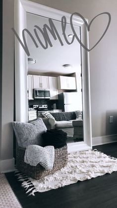 Stylish living room decorations for small rooms - # for . Stylish living room decorations for small rooms - # rooms The decoration of home . Simple Apartment Decor, First Apartment Decorating, Apartment Design, Apartment Bedroom Decor, Apartment Ideas College, Small Apartment Living, 1st Apartment, Young Couple Apartment, Budget Decorating