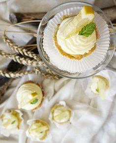 Zucchini-Zitronen Cupcakes, mit Mascarpone-Frosting LAKTOSEFREI *Hummelsüß*