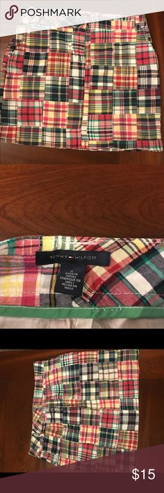 Tommy Hilfiger ~ Plaid Skirt with pockets!!! Tommy Hilfiger ~ Plaid Skirt with pockets!!! Size 6 Tommy Hilfiger Skirts Midi