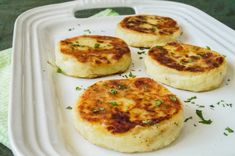 Today I am sharing a recipe for Irish Potato Cakes with you, the perfect accompaniment to a hearty breakfast. Irish Potato Cakes Recipe, Recipe For Irish Potatoes, Potato Recipes, Savoury Recipes, Loaded Sweet Potato, Breakfast Dishes, Breakfast Pancakes, Side Recipes, Yummy Recipes