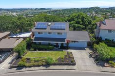 SOLD! 179 Drakewood Place in southern Novato just sold for $850,000. That beat the neighborhood average by more than $50,000 (for similar-size homes). Want extraordinary results when you sell? Call us today! 415-725-1911