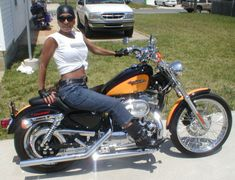 Picture of the Week for Women - 2008 Harley-Davidson Sportster 1200C