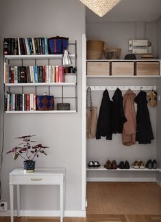 Archi Design, Simple House, Woodworking Projects, Bookcase, Sweet Home, Shelves, Living Room, Interior Design, Bedroom