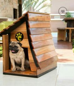 Wooden Dog Crate, Wooden Dog House, Large Dog House, Wood Dog, Pallet Dog House, Custom Dog Houses, Cool Dog Houses, Dog House Plans, Pet Organization