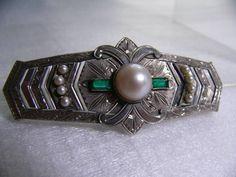 Art Deco Obidome by MPM, 6.7 x 2.8 cm, A central pearl is 9 mm.: アールデコ彫金真珠帯留め MPM刻印、6.7x2.8cm, 真珠9mm