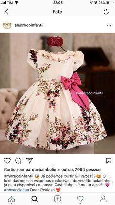 Baby fashion christmas little girls 67 Super Ideas African Dresses For Kids, Dresses Kids Girl, Little Girl Dresses, Kids Outfits, Baby Girl Fashion, Kids Fashion, Kids Frocks Design, Kids Gown, Baby Dress Patterns