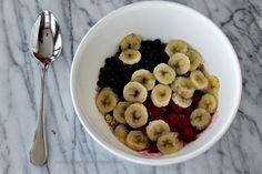 5 Min Oatmeal Fruit Breakfast prep 4 Oatmeal With Fruit, Breakfast, Recipes, Food, Breakfast Cafe, Rezepte, Essen, Recipe, Yemek