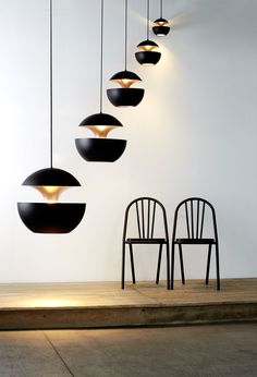 DCW éditions - Here Comes the Sun lamps Surpil chairs