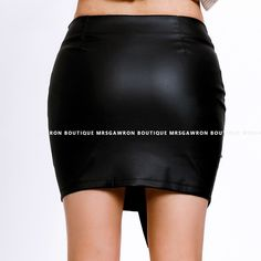 Spódnica skórzana mini z ćwiekami (11) z napisem Leather Shorts, Pu Leather, Short Skirts, Mini Skirts, Fashion 2018, Womens Fashion, Leather Fashion, Waist Skirt, Streetwear