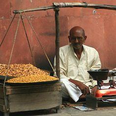 New Report: Small Merchants Offer Big Financial Inclusion Opportunities | NextBillion