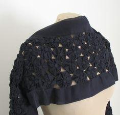 yoyo+shawl+black+back.jpg (430×413)