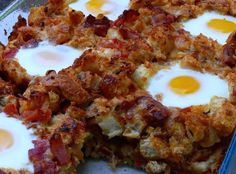 Bacon, Tomato and Cheddar Breakfast Bake with Eggs - mmmm.... a breakfast dream/death wish