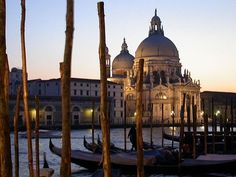 Venezia: possibly the most romantic city in Italy...I can't wait to go back there!