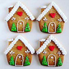 Christmas Sugar Cookies, Christmas Gingerbread, Holiday Cookies, Gingerbread Cookies, Christmas Cooking, Christmas Desserts, Christmas Treats, Iced Cookies, Cupcake Cookies