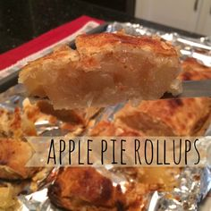 apple pie rollups.  the easy, no fail way to make delicious apple pie! why haven't i done this before?!