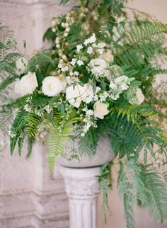 honey of a thousand flowers floral design by sarah winward