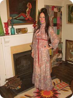 Vintage Vixen: On The (Bak)Lash