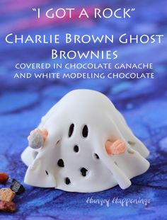 """""""I got rocks"""" - Charlie Brown Ghost Brownies covered in chocolate ganache and white modeling chocolate.are so cute and taste amazing! Chocolate Rocks, Modeling Chocolate, How To Make Chocolate, Chocolate Ganache, Chocolate Brownies, Fun Halloween Treats, Halloween Appetizers, Halloween Desserts, Holiday Treats"""