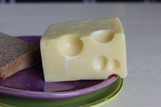 #Käse schmeckt besonders aromatisch, wenn er #Löcher hat. Aber warum eigentlich?