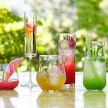 Host a no-fuss summer party: Wow 'em cocktails! I'm all about cocktails.wow or not! Party Drinks, Cocktail Drinks, Fun Drinks, Yummy Drinks, Alcoholic Drinks, Summer Beverages, Cocktail Ideas, Mixed Drinks, Cocktail Recipes
