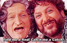 robin williams ms doubtfire - One of my favorite RW numbers! Ms Doubtfire, Madame Doubtfire, Robin Williams Quotes, Good Morning Vietnam, Christopher Reeve, You Make Me Laugh, Man Humor, Famous Faces, Movie Quotes