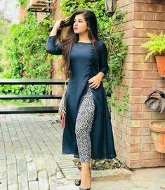 Beautiful And Stylish Dresses - Modest ideas - Simple Kurti Designs, Stylish Dress Designs, Kurta Designs Women, Salwar Designs, Designs For Dresses, Stylish Dresses, Stylish Kurtis Design, Plain Kurti Designs, New Kurti Designs