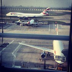British Airways B747 & A320 - LHR