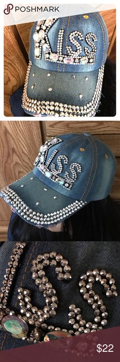 Rhinestones Baseball Cap This Beautiful & Fashionable Rhinestones baseball cap is design for woman or girl. The size is adjustable & wild to match most of the clothes. Very sparkly💎💎💎💎. Brand NEW. Accessories Hats