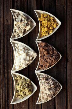 What to do with leftover nut milk pulp // milk recipes // Tasty Yummies Nut Milk Recipe, Pulp Recipe, Milk Recipes, Raw Food Recipes, Recipe Tasty, Vegan Milk, Cashew Milk, Cashew Cheese, Pistachio Milk