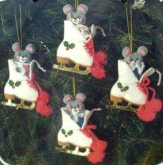 Bucilla Christmas Felt Applique Ornaments Kit,MICE ON ICE ,#82225