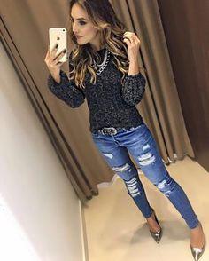 "79bffdd24 Estação Store on Instagram: ""In Love ❤ Blusa Marilene | Calca Jeans Mônica  #FARM Compras on line: www.estacaodamodastore.com.br 📱Whats app: ..."