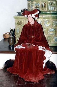 Tailor's - Mme Chantberry, Red houpelande Great for winter events.